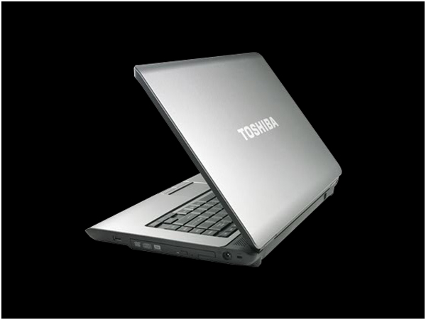 Toshiba Satellite L300-P5012 Laptop